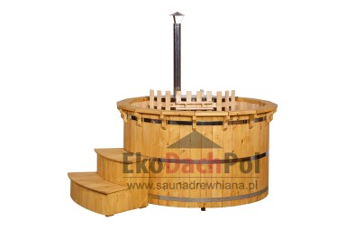 Deluxe pine hot tub with internal heater_4