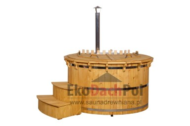 Deluxe pine hot tub with internal heater_5