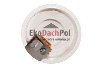White fiberglass hot tub with internal heater_1