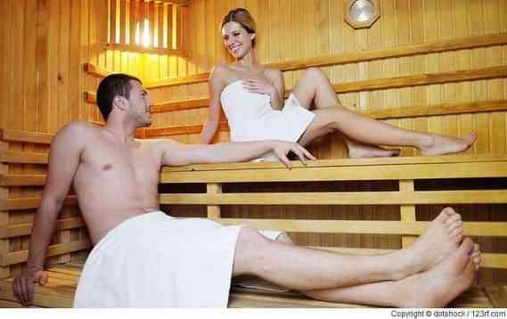 Nutzen Sie ätherische Öle, um Ihre Sauna-Aromatherapie zu optimieren