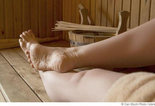 Sind Badelatschen in der Sauna Pflicht?
