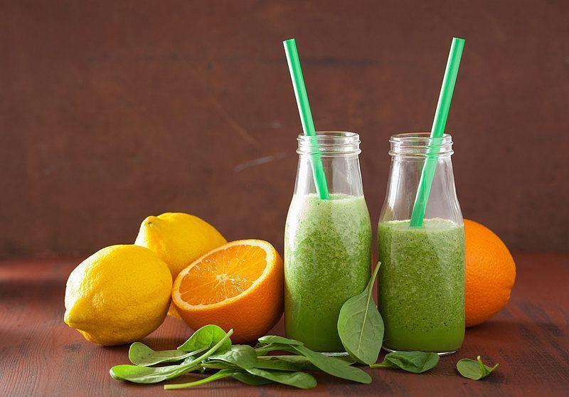 Orangen-Spinat-Smoothie