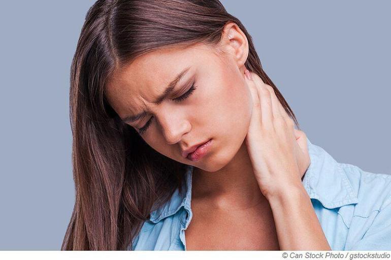 Wärme hilft gegen Verspannungen und Nackenschmerzen