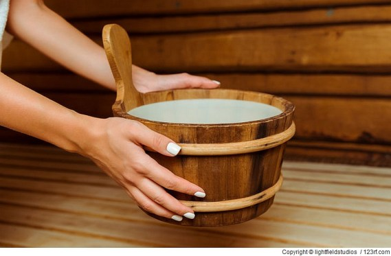 Diese 3 Saunen eignen sich für einen Saunaaufguss mit ätherischen Ölen