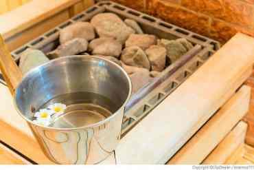 Saunaaufguss mit Kräuter selber machen