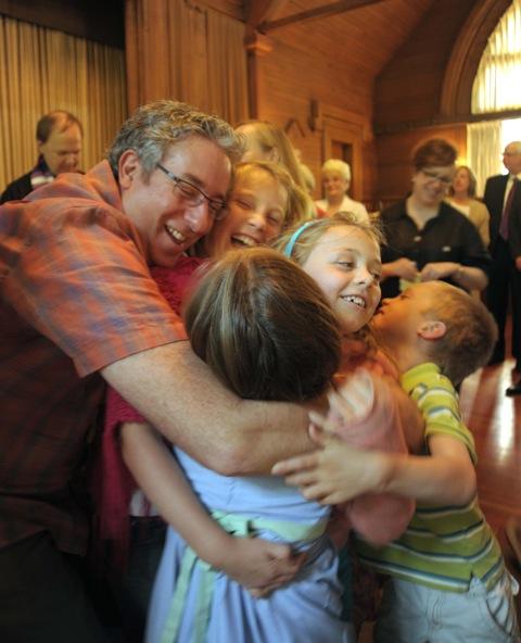 42 Baptism 16 Kids 7 Peek068