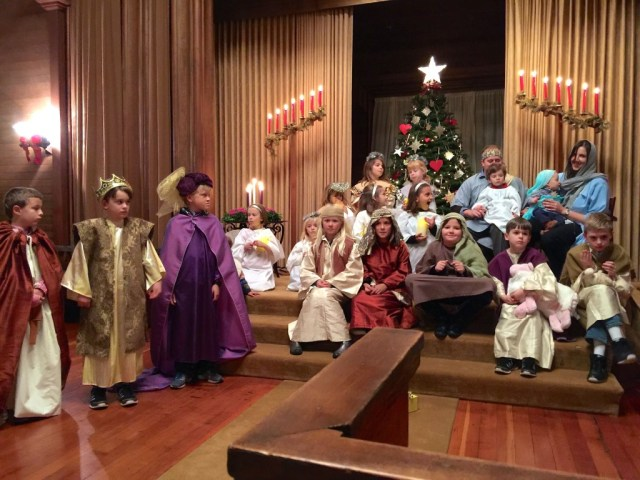 Christmas Family Service 2015 7