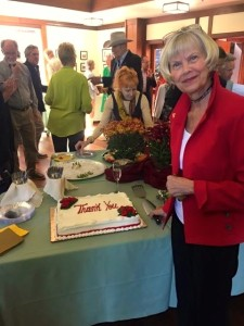 Winnie w thank you cake
