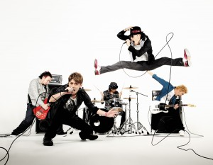 FLOW Anime Best official photo