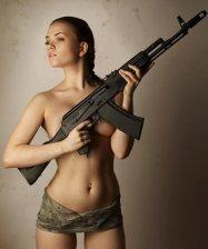 Girls with Guns 017