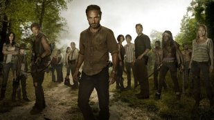 the_walking_dead_group_portrait_a_l
