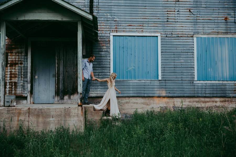 Vermont rustic engagement session locations.