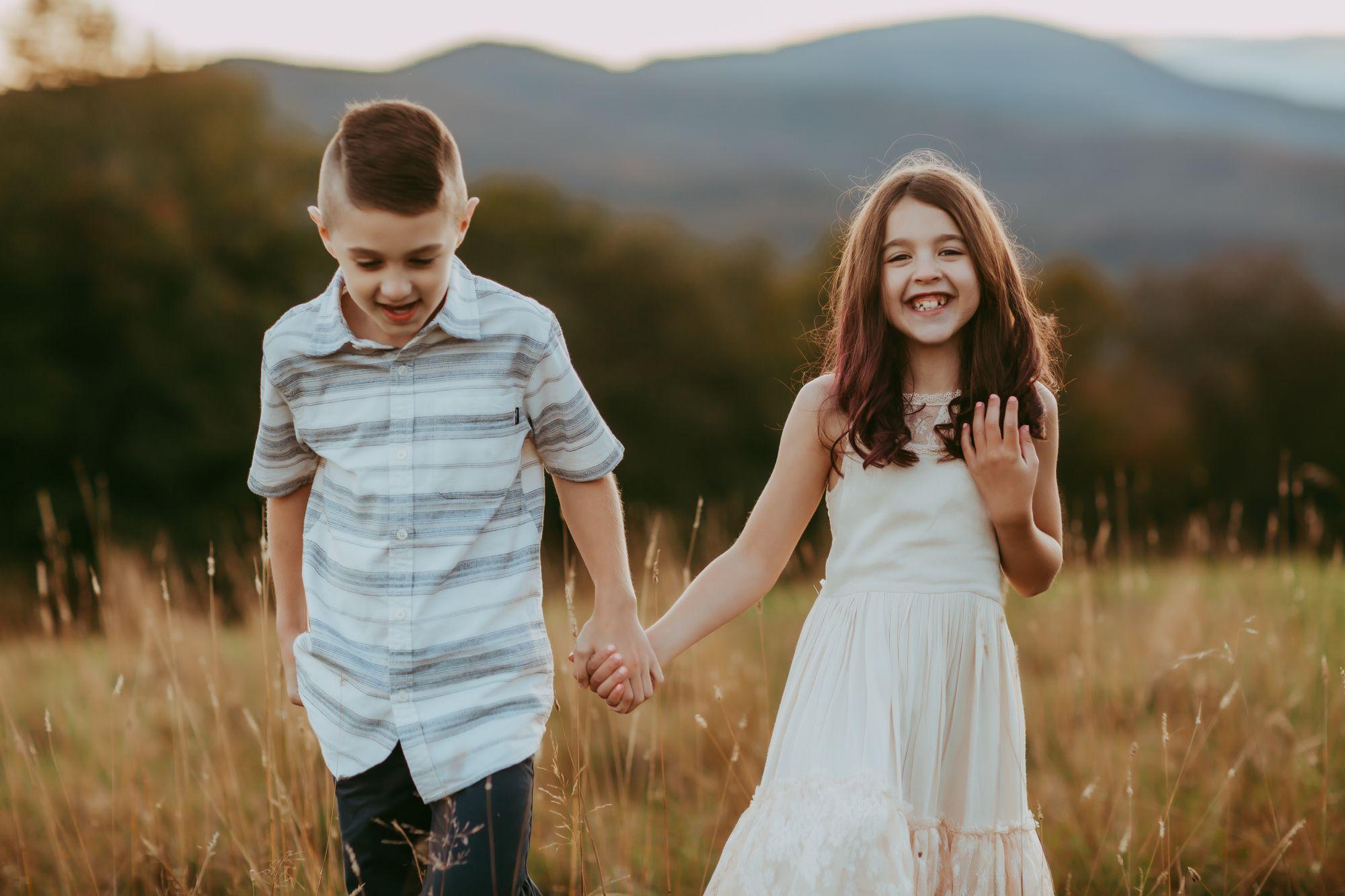 Kids walking field Trapp Lodge