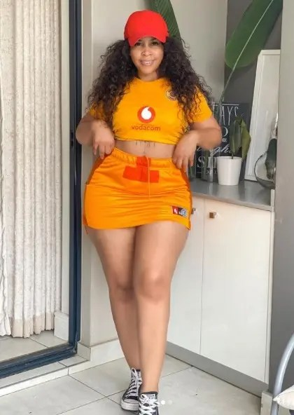 Brown Mbombo Sets The Internet Ablaze As She Celebrates Her Curves