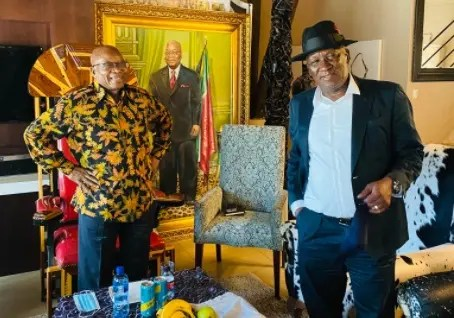 Pictures: Is this Jacob Zuma's favourite Nkandla tea outfit?