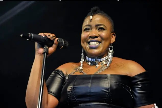 S_ex starved Thandiswa Mazwai 'No man has hit on me in about 15 years!'
