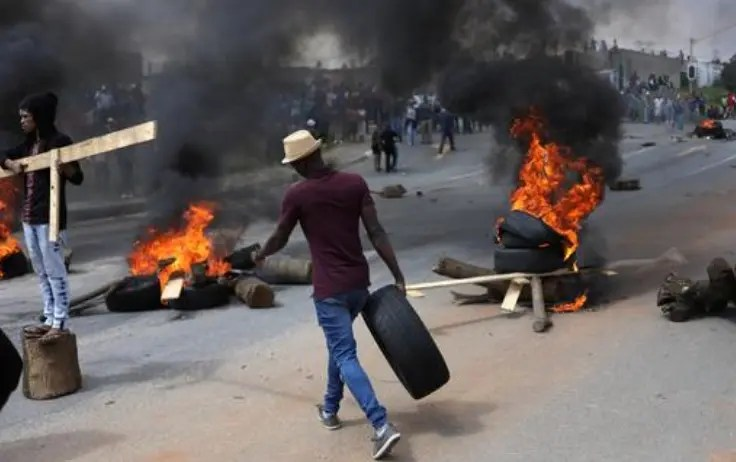 72 confirmed dead as violent protests and looting continues in KZN and Gauteng