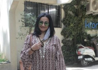 Asha Negi & Divya Dutta Spotted at Croma Ke Juhu