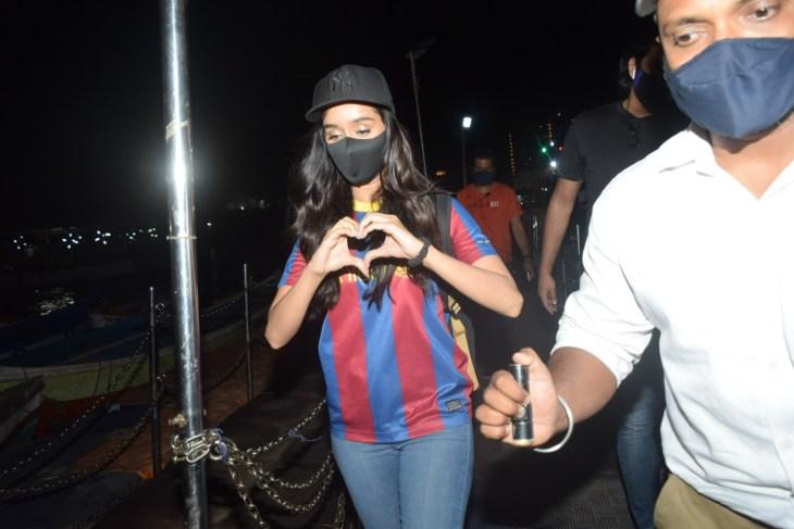 Shraddha Kapoor Spotted Vesova Jetty at Andheri