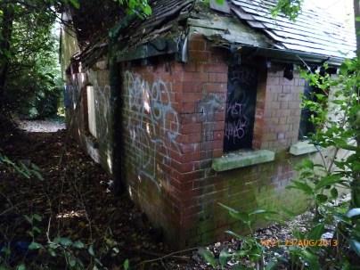 Hove Rec cottage 10