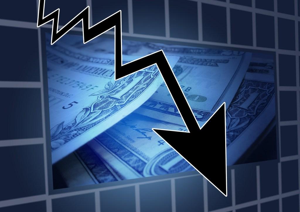 graphic image of financial crisis arrow