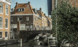 old town-bridge-choosing a place to retire