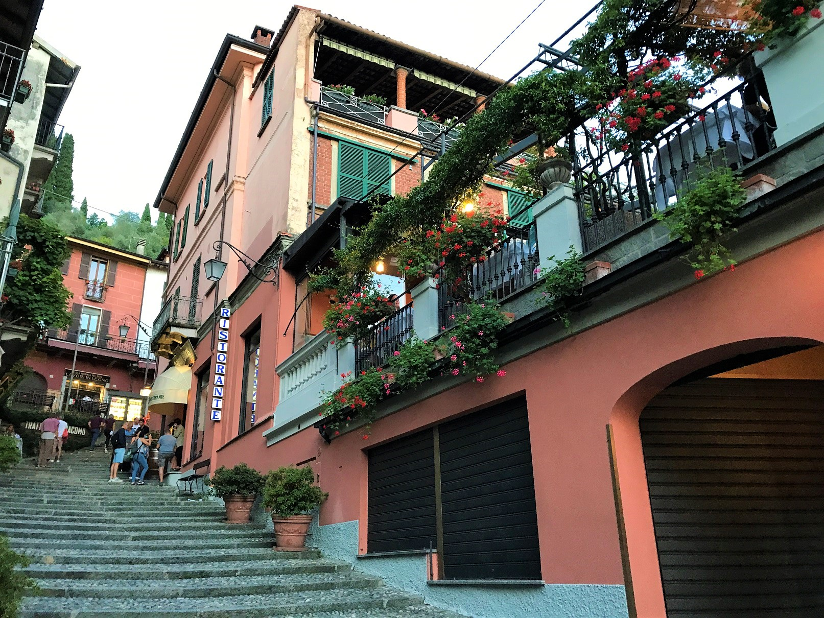 Bellagio steep stairs with pastel color houses
