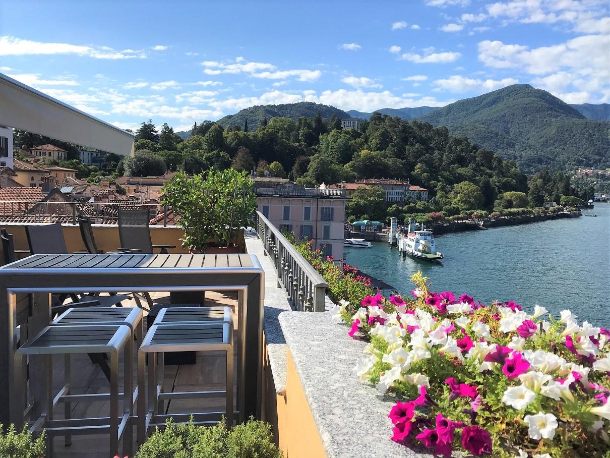 Hotel de Luc Bellagio -rooftop bar view