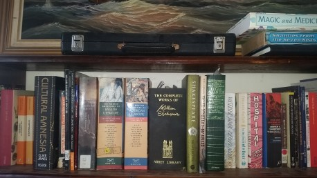 shakespeare-bookshelf