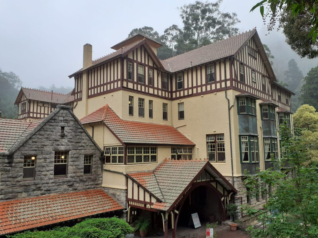 Jenolan Caves House building scaffold example for essay scaffolds