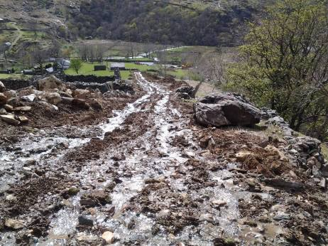 Silt run-off causing pollution to the Nant Peris and Llyn Padarn.