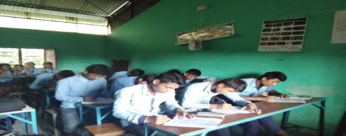 Students participating in post-questionnaire survey 2