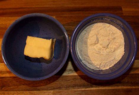 les ingrédients pour la recette de beurre manié