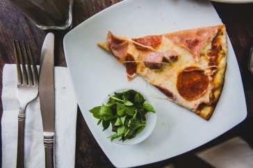 pizza Vivre de pizza et d'eau fraîche, ou presque