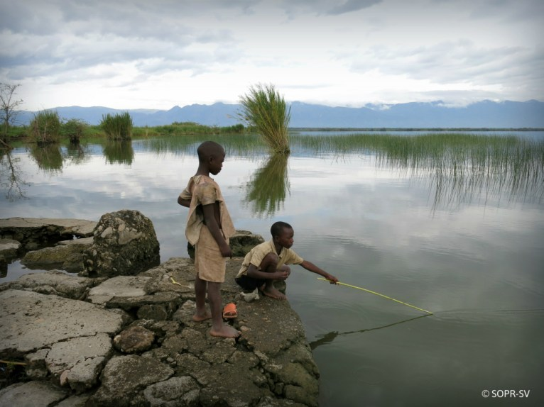 Fishery communities of Lake Edward expressed their opposition to any oil exploration or exploitation in Virunga National Park. They are well aware of the consequences of natural resource exploitation. They are at the basis of the fragile government and current conflicts in the eastern DRC.