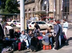 railway-station-267924_640