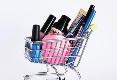 卸妝產品比較-卸妝水vs卸妝油,哪一種才適合你
