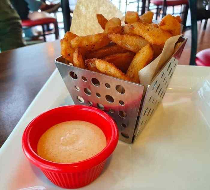 Chili's 奇利斯美式餐廳酥脆洋蔥瓣