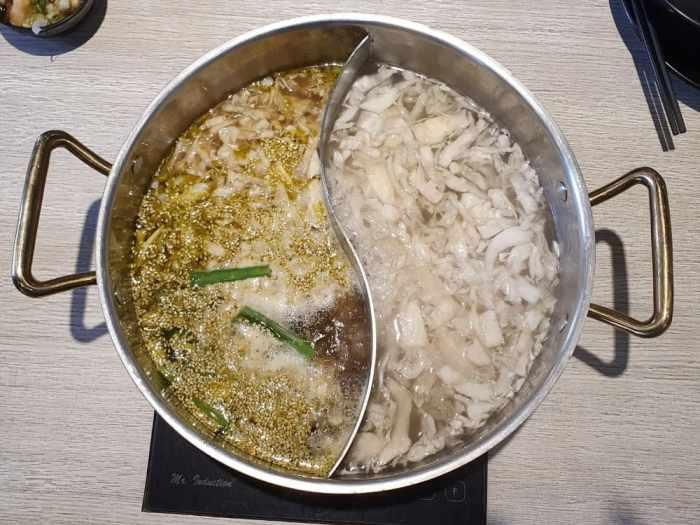 東北之家酸菜白肉鍋 酸菜鍋、青麻椒鍋
