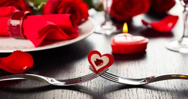 Big List of Valentine's Day Dining Deals