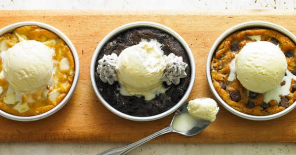 Free Pizookie at BJ's Restaurant & Brewhouse
