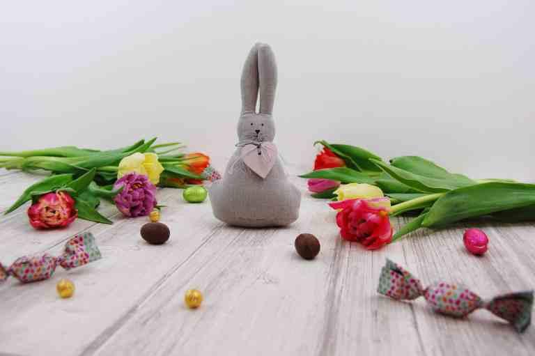 19 Cute & Easy DIY Easter Decor Ideas