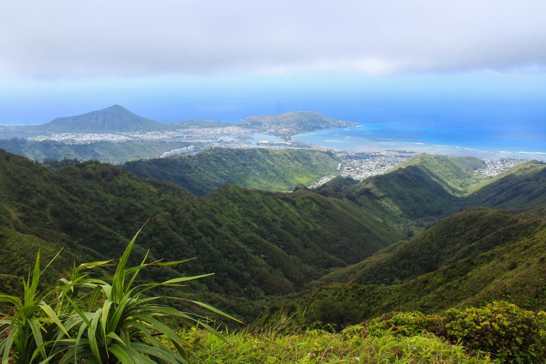 view of koko crater and koko head from hiking kulepeamoa ridge trail honolulu oahu hawaii