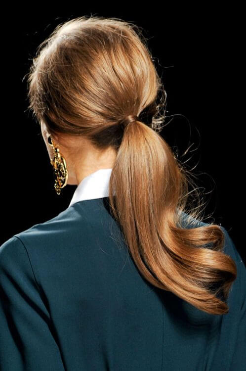 Stylish ponytail models for special nights - 1