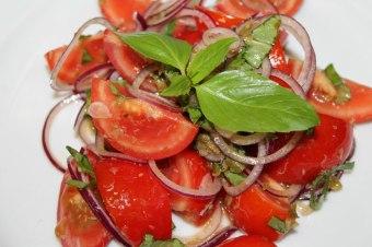 salata-de-rosii