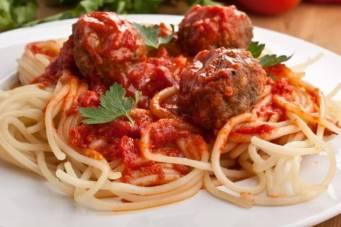 Spagheti with meatballs boloneze