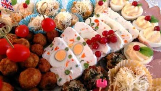 Terina cheese with eggs and vegetables
