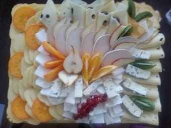Antipasti platter of cold cuts, cheese and fruit