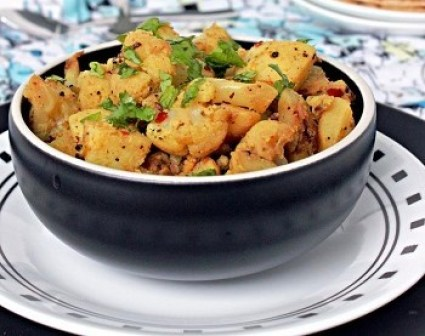 Cauliflower, potato and  curry