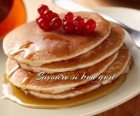 American Pancakes (Clatite americane)